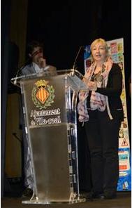 La editora de El Cárabo, Teresa Vicetto, recoge el premio EDC Natura